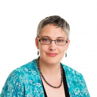 Arline Lyons